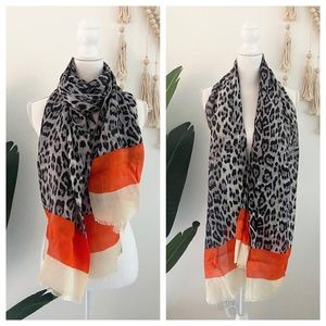 nwot oblong lightweight leopard color block scarf 🧣fall vibes cozy